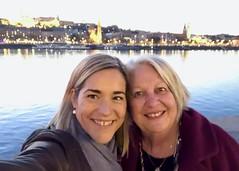 Réka and Ritsa (RobW_) Tags: réka ritsa shoes memorial danube budapest hungary amaviola 16nov2018 november 2018