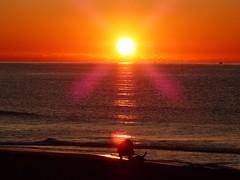 Primer amanecer 2019 (11) (calafellvalo) Tags: amaneceralbasolcalafellseaalbadasunrise amanecer sunrise amanecerdelaño2019 alba albada sea mar calafellvalo contraluz calafell aves gaviotas