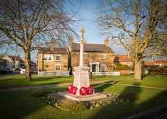 War Memorial, Nettleham (Alan Hilditch) Tags: nettleham pub plough england lincolnshire britain hart gb uk white lincoln unitedkingdom