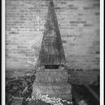 obelisk with feet thumbnail