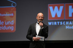 """wk_modenschau2018_028dsc_7314 • <a style=""""font-size:0.8em;"""" href=""""http://www.flickr.com/photos/132749553@N08/31910709138/"""" target=""""_blank"""">View on Flickr</a>"""