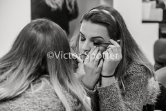 Shooting Backstage Mademoiselle Aquitaine (Viictor B) Tags: mademoiselle aquitaine photo pic photography photographie sourire smile beaute beauty capture coiffeur hair hairdresser visage face hairs maquillage makeup eyes yeux oeil detail robe dress escarpins heel heels levres lips femme woman women