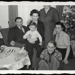 Archiv R775 Weihnachtsfoto, 1950er thumbnail