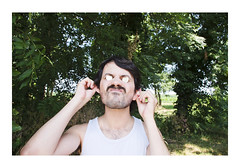 _JPR4746 (Jordane Prestrot) Tags: ♋ jordaneprestrot euro € grimace wince mueca moustache bigote