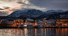 (carlalala95) Tags: nikon3200 nikon photography zoomlens kitlens harstad norway sunset village warm christmas lights mountains glaciers snowy reflection views ferry nautical lake boats cold