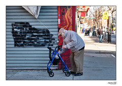 Harlem Walkers (michael.reinold) Tags: newyork eastharlem