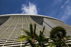 Marina Bay Sands Hotel (Synghan) Tags: marinabaysandshotel hotel marinabaysands marinabay singapore bay southeastasia asian tallbuilding lowangle photography horizontal outdoor colourimage fragility freshness nopeople foregroundfocus adjustment interesting awe wonder fulllength modernarchitecture architecture modern building buildings builtstructure famousbuildling travel destination attraction landmark local regional canon eos80d 80d sigma 1750mm f28 ex dc os 마리나베이샌즈호텔 마리나베이샌즈 마리나베이 싱가포르 여행