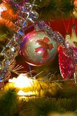 Новогодняя елка / Christmas tree (Владимир-61) Tags: новыйгод праздник елка украшения советскиеновогодниеигрушки newyear holiday christmastree decoration sovietnewyearstoys sony ilca68 minolta 75300