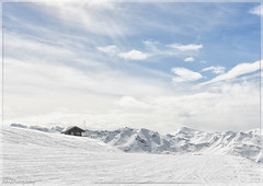 Wide world (Astrid Photography.) Tags: snowworld nature snow winter landscape littlehouse mountain skiing wintersport clouds bluesky sunshine france meribel lestroisvallees lesmenuires