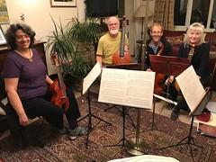 Viol players in Farnham, Surrey (John Steedman) Tags: farnham surrey uk unitedkingdom england イングランド 英格兰 greatbritain grandebretagne grossbritannien 大不列顛島 グレートブリテン島 英國 イギリス ロンドン viol viols violadagamba