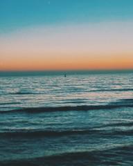 Los atardeceres más bonitos de mi 2018 (Beth Nieves ,) Tags: littlethings little beautifulsunset 2018 beachlife lifeinaday adayinthelife dailylife surfing waves sunsetcliffs cliffs dandiegocalifornia mar océano atardecer sunset californiasunset california youaretheocean ocean wanderer beauty distance ship boat littleboat