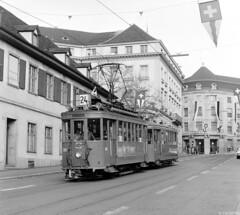 Spitsuurlijn (Tim Boric) Tags: basel bazel basle steinenberg tram tramway streetcar strassenbahn bvb 209 schweizerischeindustriegesellschaft sig