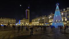 Torino , che la notte abbia inizio... (Roberto Defilippi) Tags: 2018 592018 rodeos robertodefilippi tripod treppiede longexposition notte night piazza festa