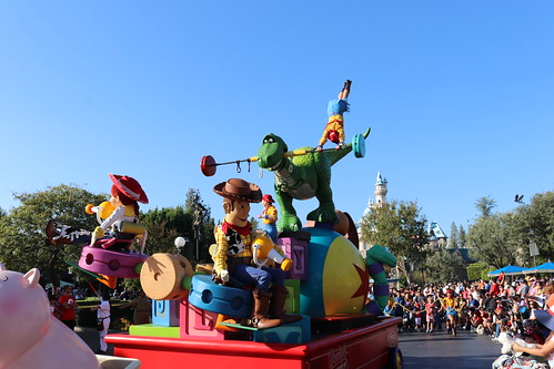 "Toy Story - Pixar Play Parade • <a style=""font-size:0.8em;"" href=""http://www.flickr.com/photos/28558260@N04/45130395235/"" target=""_blank"">View on Flickr</a>"