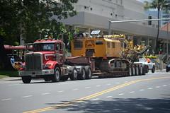 Large Crane Move HNL 6-16-17 1 (THE Holy Hand Grenade!) Tags: truck bigrig oversizeload wideload longload peterbuilt honoluluhi nikond610 nikkor35135mmƒ3545af geotagged