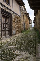 SITIOS DE BURGOS (jramosvarela) Tags: castillo antiguo pueblo frias adoquin burgos 2016 castle chateau cobble old village