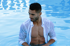 [ IMG_9446 ] (cpobleteolguin) Tags: male man guy boy hombre portrait retrato model modelo malemodel piscina pool water agua wet