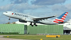 N293AY (AnDyMHoLdEn) Tags: americanairlines a330 oneworld egcc airport manchester manchesterairport 23r