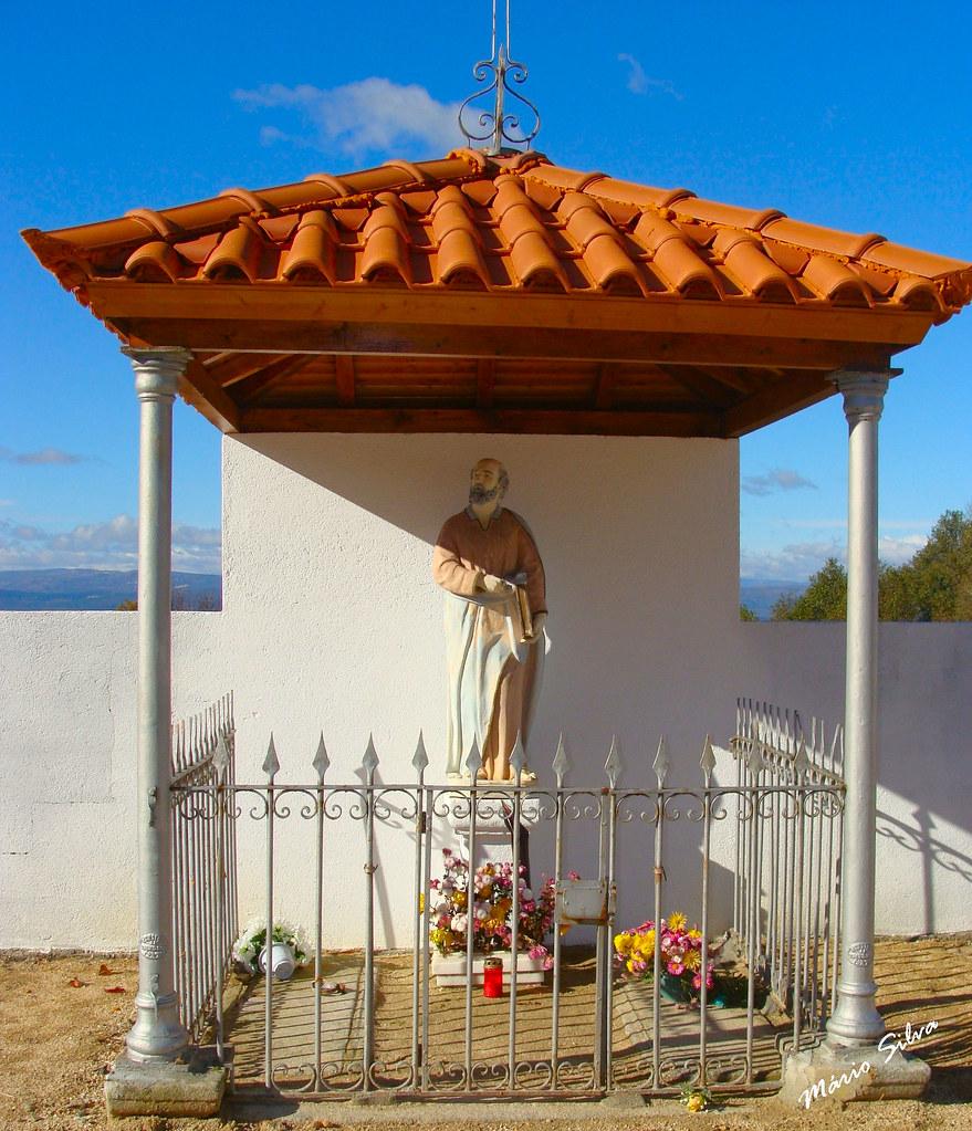 Águas Frias (Chaves) - ... nicho de S. Pedro ...