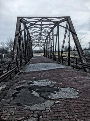20190116-115458-6 (alnbbates) Tags: january2019 route66 route66landmarks sapulpa rockcreekbridge bridge streeltrussbridge