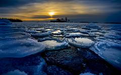 BD1I6185 (Samuli Koukku) Tags: lauttasaari january helsinki finland sea balticsea frozen freezing sunset ice landscape seascape water island winter outdoor canon 1dx2 1740 wide nature naturephotography