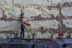 Jean-Eude est ses compagnes de route (BenoitGEETS-Photography) Tags: jeaneude spider ararignée jouet toys punk promenade walk walking a6000 sony