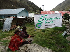 Responsible Travel (responsiblepeople) Tags: responsiblepeople responsibletravel travellers responsibletravellers hike adventures family