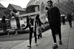 Little and Large (Bury Gardener) Tags: bw blackandwhite monochrome mono 2018 england eastanglia uk britain burystedmunds suffolk streetphotography street streetcandids snaps strangers candid candids people peoplewatching folks arc thearc