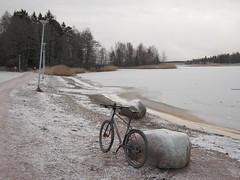 2018 Bike 180: Day 260, November 26 (olmofin) Tags: 2018bike180 finland bicycle polkupyörä kona ice jää otsolahti espoo lumix 20mm f17 frost huurre