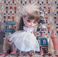 Polka dot dress (Miss Milupka) Tags: blythe blythedoll blythedress missmilupka blytheetsy blythestyling diorama dollhouse polka dot blythecustom tinkerinacustom festive decorations ornaments carousel vintage miniature rement holiday cheer