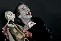 FLICL_6226-ev (clapho) Tags: theater puppenspiel vampir maske schminken theaterpuppe bühne theaterpuppen figurentheater figures puppentheater