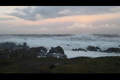 VID_20190127_161309 (LezFoto) Tags: waves southbreakwaterpier aberdeenharbour aberdeen scotland unitedkingdom huawei huaweimate10pro mate10pro mobile cellphone cell blal09 huaweiwithleica leicalenses mobilephotography duallens northsea wind spray breakingwaves video