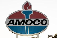 Amoco, I see your Standard Oil beginnings (sniggie) Tags: amoco bpamoco stlouis standardoil birds gasstation petroleumhistory sign signage