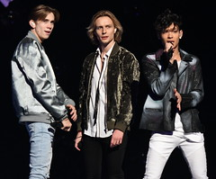 FO&O 08 (cropped) @ Melodifestivalen 2017 - Jonatan Svensson Glad (Jonatan Svensson Glad (Josve05a)) Tags: melodifestivalen melodifestivalen2017 esc esc2017 esc17 eurovision eurovisionsongcontest eurovision17 eurovision2017 eurovisionsongcontest2017 mello foo thefooo thefoooconspiracy fooo felixsandman oscarenestad omarrudberg