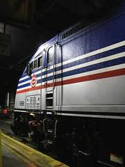 Virginia Railway Express MPI MP36 V59 (kitmasterbloke) Tags: washington unionstation train locomotive evening rushhour commuter usa transport