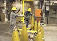 Blue Grass Chemical Agent-Destruction Pilot Plant Test Equipment (PEO, Assembled Chemical Weapons Alternatives) Tags: acwa assembledchemicalweaponsalternatives bluegrasschemicalagentdestructionpilotplant kentucky bgcapp bluegrass testing lifting projectiles hardhat inert