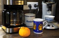Meine Kaffeeecke (ingrid eulenfan) Tags: 2019 kaffeepause pausecafé coffebreak 365project kaffee espresso cappuccino cup coffeepot tasse coffee togo kaffeemaschine apfelsine