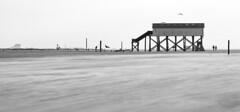 Winter in Sankt Peter Ording (dietmargötte) Tags: maritim canon travelphotography nordsee pfahlbauten sanktpeterording watt ording landscape panorama monochrom bnw sand beach northsee germany spo