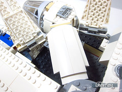 Revealed section to access the cockpit (WhiteFang (Eurobricks)) Tags: lego star wars han solo story movie blockbuster spinoff gang outer rims tobias enfy nest high speed chase millennium falcon mf lando bet parsec crew ship corellian