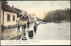 Postkort fra Agder (Avtrykket) Tags: barbuvassdraget bolighus hus oversvømmelse postkort vei arendal austagder norway nor