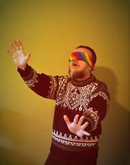 13 dicembre (Colombaie) Tags: 13 dicembre ironia foto ritratto autoritratto festa santalucia vista miope miopia astigmatismo astigmatico presbiopia presbite cecità occhi humor colore uomo maschio io inverno slucia cazzeggio protettrice life