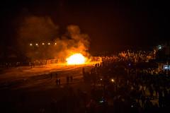 Beach Bonfire (Robin M Morrison) Tags: bonfire lymeregis crowds flames strong winds