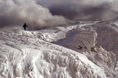 Un instant d'éternité... A moment of eternity.... #NikonD7000 (ImAges ImprObables) Tags: auvergnerhônealpes drôme vercors hiver neige fonddurle montagne ciel nuage lumière traitement gimp nikond7000 texte