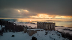 Brahehus (jarnasen) Tags: dji mavicair above high view perspective sky ruin brahehus småland vättern sunset winter winterscape lake snow frozen ice sweden sverige scandinavia sun light copyright järnåsen jarnasen geo geotag nordiclandscape landscape mood evening