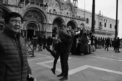 I like the way you walk I like the way you talk, Susie Q (Ermanno Albano) Tags: venice venezia street streetphotography blackwhite blacknwhite blackandwhite