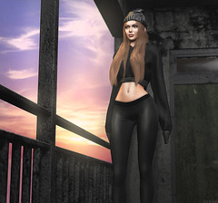 L236 (JoJo Delvalle - Photographer & blogger) Tags: secondlife game virtual 3d doll doux sweetthing foxes imitation paparazzi