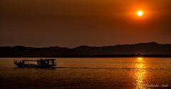 Ayeyarwady Sunset (jenlung.a) Tags: burma bagan ayeyarwady pagan myanmar irrawaddy