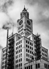 The Inquirer Building (Dalliance with Light (Andy Farmer)) Tags: building beauxarts philly landmark 400nbroadst elversonbuilding architecture bw inquirerbuilding philadelphia newspaper pennsylvania unitedstates us