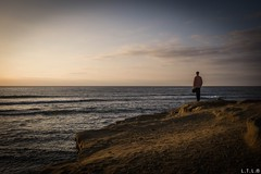 San Diego-19 (model by accident) (LTL78) Tags: sandiego usa fujifilm x100t seagull sunset cliff california sea mar ocaso