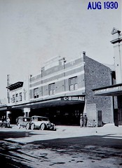 Angel Inn Hotel, Maitland, N.S.W. (maitland.city library) Tags: maitland newsouthwales angel inn hotels pubs high street nsw toothco noelbutlinarchivescentre australiannationaluniversity 1930